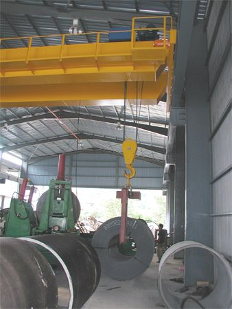 25 Tonne x 17m Span Double Girder Electric Overhead Traveling Crane at Pahang-1
