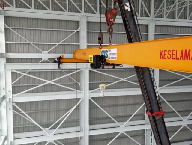 Installation of Crane