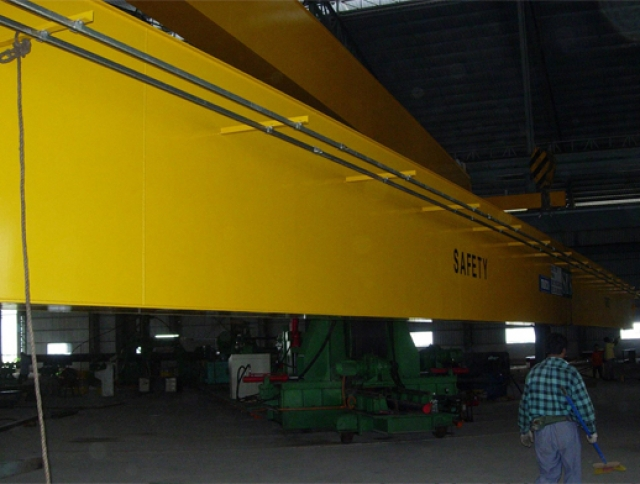 Installing One Units 25 Tonne x 34m Span Double Girder Electric Overhead Traveling Crane at Meru, Klang-1