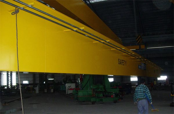 Installing One Units 25 Tonne x 34m Span Double Girder Electric Overhead Traveling Crane at Meru, Klang-1